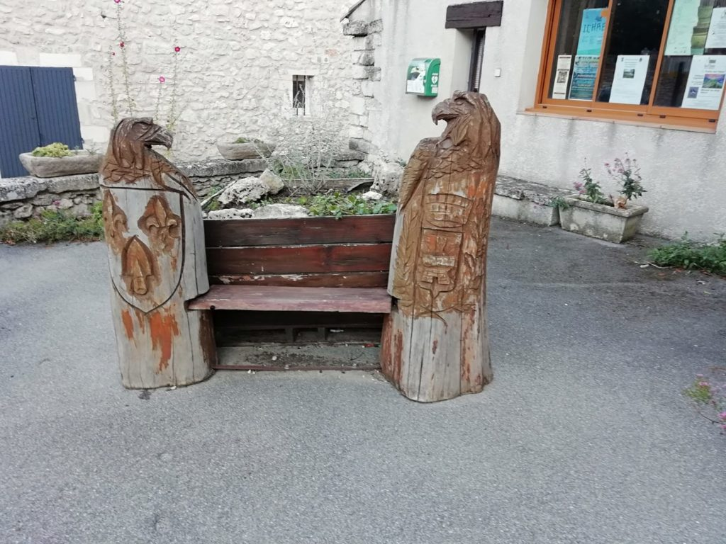 Banc à Reillane (Photo Ronan Mano)